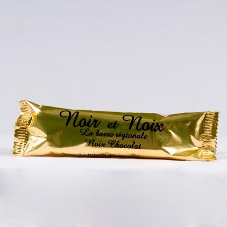 Barre de chocolat aux noix